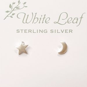 Earrings White Leaf JR Interiors
